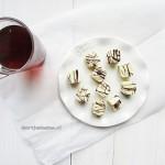 witte chocoladebonbons met hazelnootpraliné