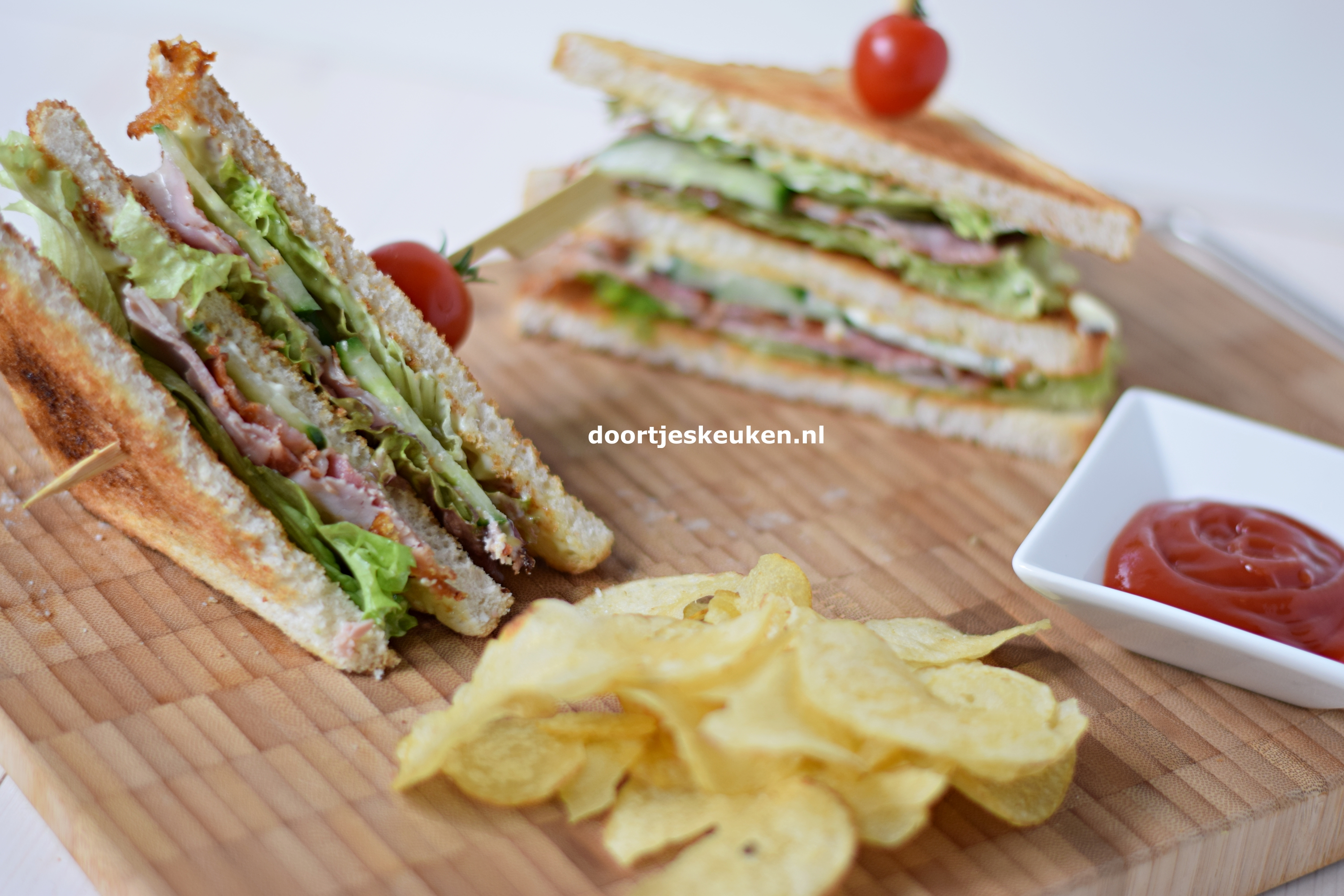 Clubsandwich met bacon