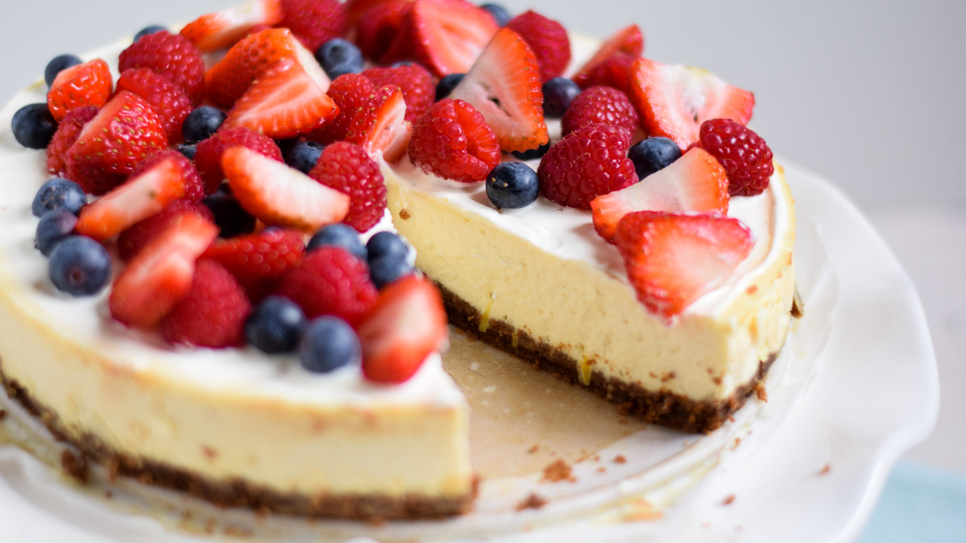 Citroen cheesecake met vers fruit