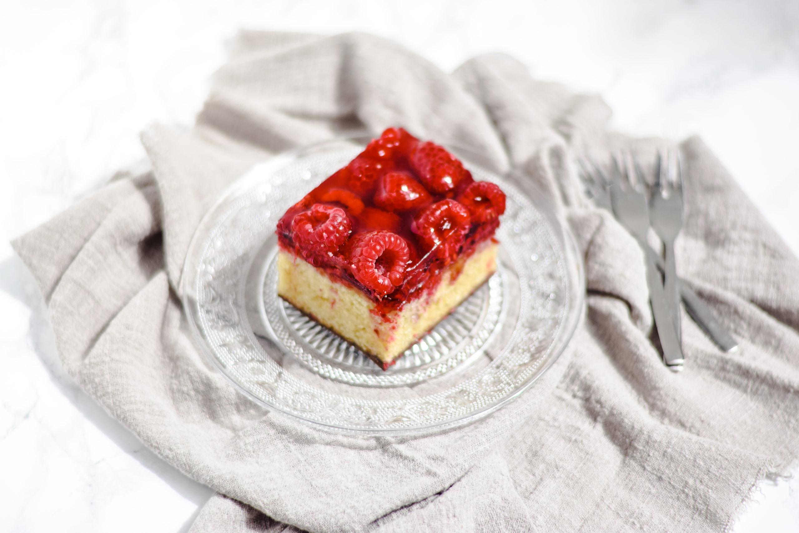 Cake met frambozen en chocola
